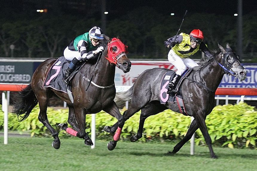 The Leslie Khoo-trained Lord O'Reilly (No. 7) flying past the much-vaunted grey Zac Kasa in super-swift time in Race 3 at Kranji last night.