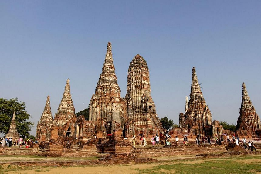 More than 10,000 tourists have recently visited the Wat Chaiwatthanaram each day.