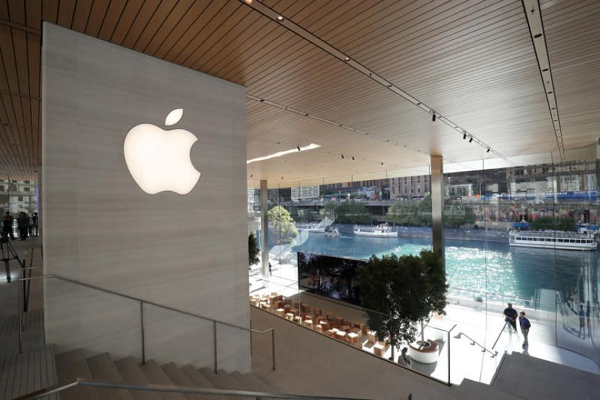 An Apple store in Chicago on Oct 19, 2017. The tech giant will be holding its first event of the year at Chicago's Lane Technical College Prep High School on at 11pm Singapore time on March 27, 2018.