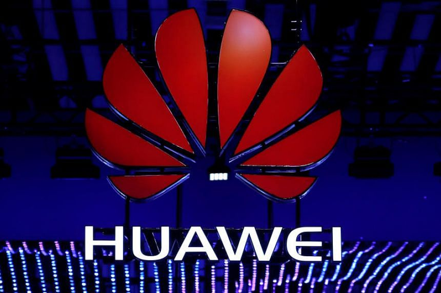 American electronics retailer Best Buy has announced that it would no longer sell smartphones made by China's Huawei.