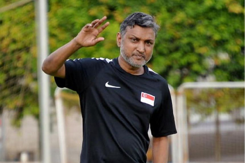 National football coach V. Sundram Moorthy at a training session on Nov 6, 2017.