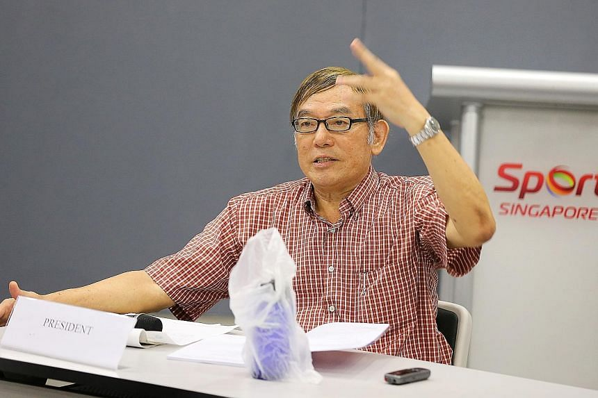 Singapore Athletics president Ho Mun Cheong is challenging the validity of the vote of no confidence.