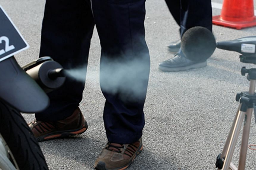 It is an offence to use or permit the use of any smoky vehicle on the road.