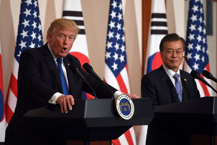 Trump and South Korean President Moon Jae In at the presidential Blue House in Seoul, in November 2017.