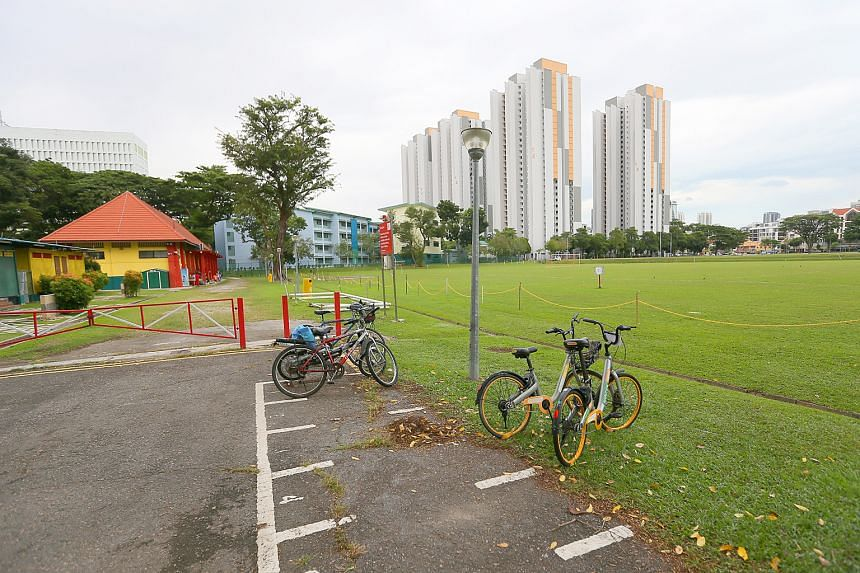 The yellow building houses the boxing gym, while the open fields are a popular spot for people to play sports such as football and ultimate frisbee. The Farrer Park fields were a hallowed ground for sports from the 1930s through to the 1980s.