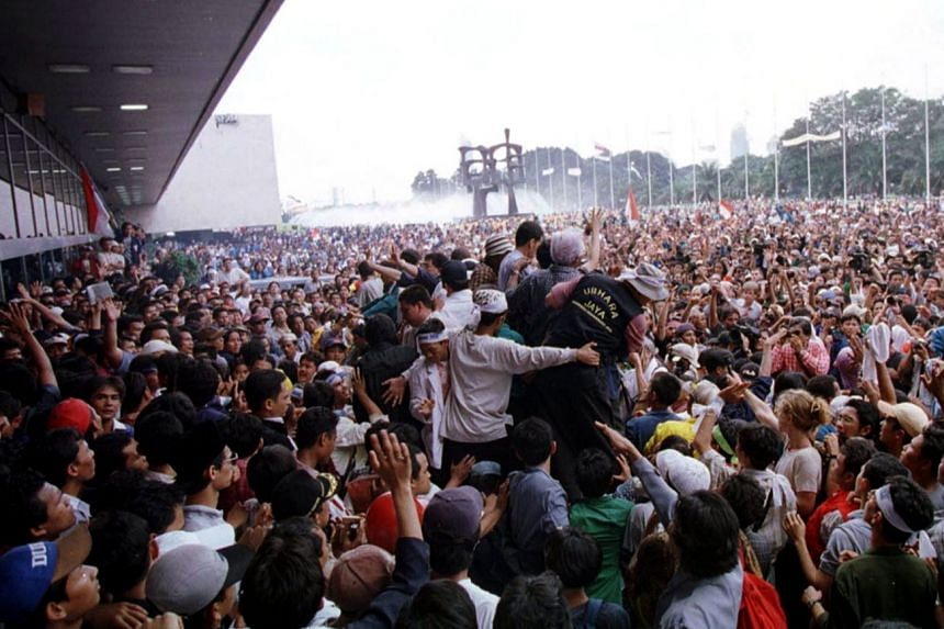 Millions took to the streets in 1998 to call for then Indonesian President Suharto's resignation. British political consultancy SCL Group claims to have arrived in Indonesia after Suharto was brought down that year.