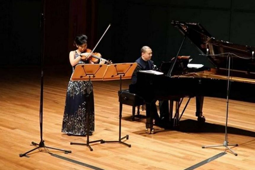 Lee Shi Mei and Lim Yan remain among the few duos who regularly present recitals of this form and the Singapore music scene is richer for their intelligent programming and refreshing performances.