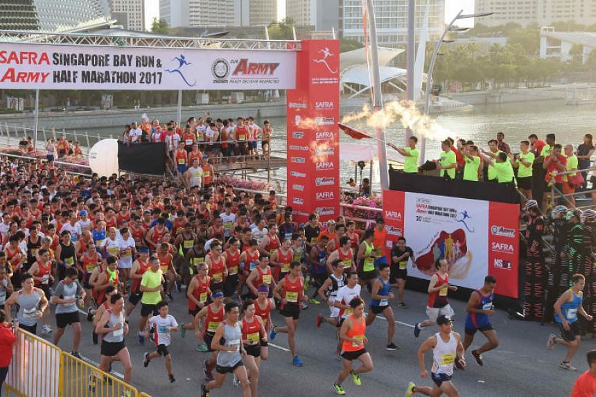 Participants at the starting line during the flag-off at the Safra Singapore Bay Run & Army Half Marathon 2017.
