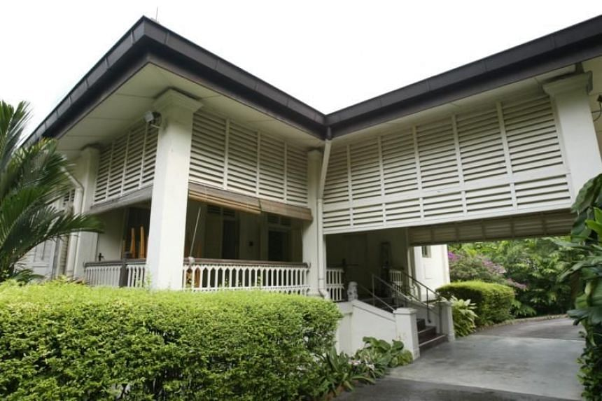 Yale-NUS historian Tan Tai Yong said the outright demolition of 38, Oxley Road would deprive the country of a significant historical landmark.