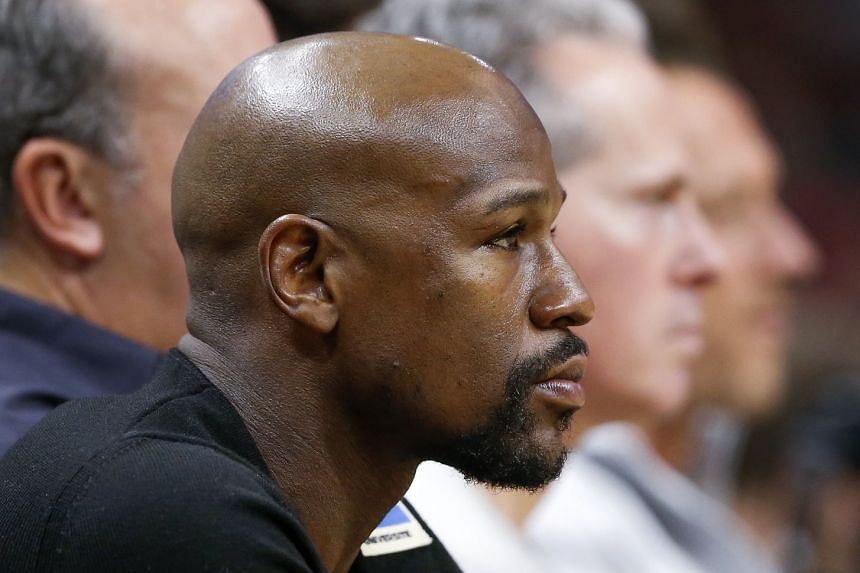Boxer Floyd Mayweather promoted the offering on Twitter, but was not accused of wrongdoing.