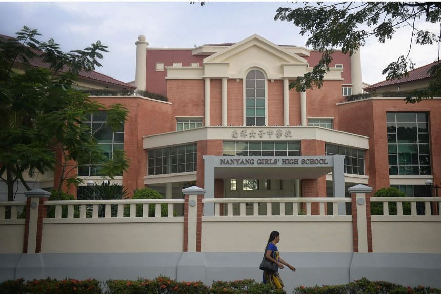 Last week, 110 students in Nanyang Girls' High boarding school fell ill with stomachache and diarrhoea.