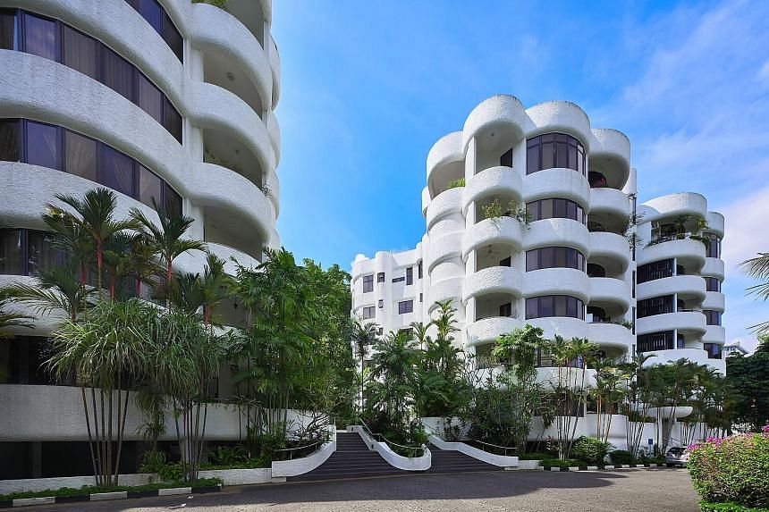 The Estoril's owners stand to receive a gross payout of about $4.6 million per apartment unit, and $9.85 million to $9.95 million per penthouse unit.
