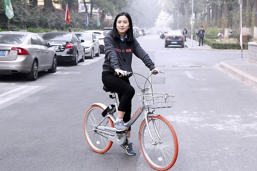 Founder of Mobike Hu Weiwei, who turns 36 years old this year, together with her co-founders hatched the idea of pooling bicycles in 2015 to help harried urbanites glide through worsening congestion.