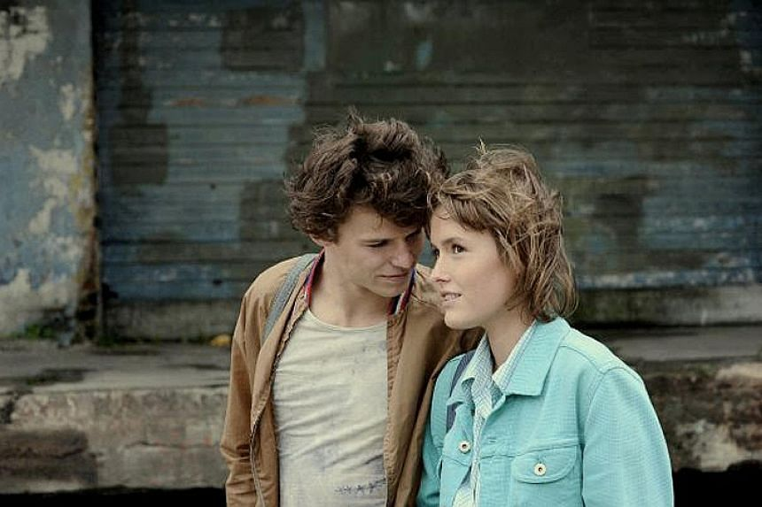 All That I Love (2009), starring Mateusz Kosciukiewicz (left) and Olga Frycz (right)