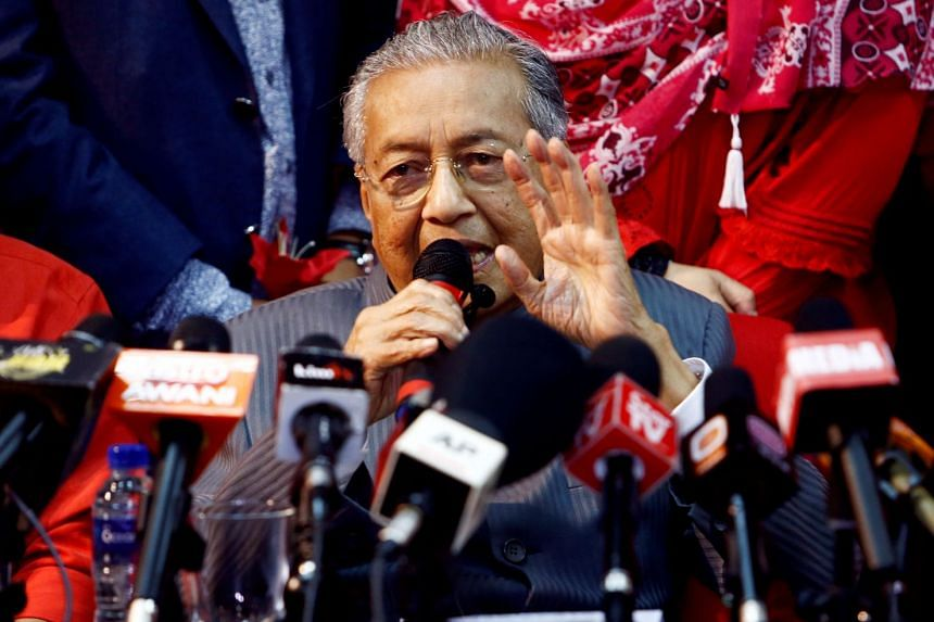 Former Malaysian PM Mahathir Mohamad speaks during a news conference following the temporary deregistration of Parti Pribumi Bersatu Malaysia (PPBM), on April 5, 2018.
