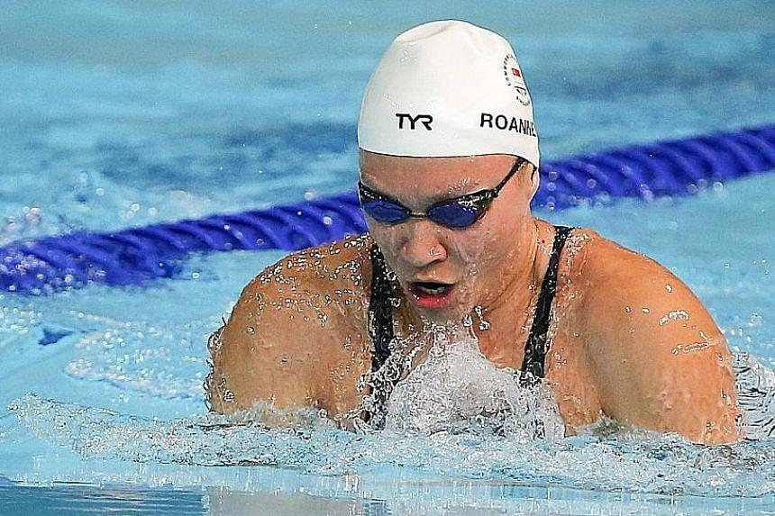 Roanne Ho finishing eighth in the 50m breaststroke final.