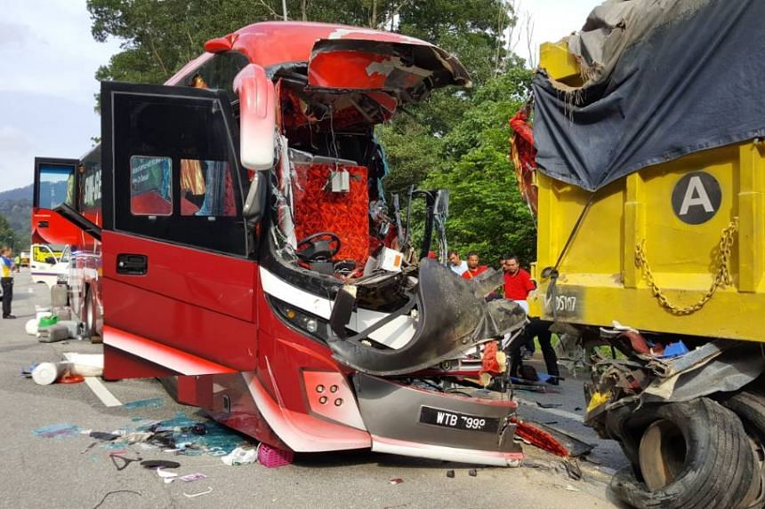 The accident, which occurred at the Karak-Kuala Lumpur Expressway, involved a bus and a lorry.