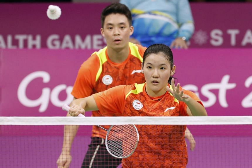 Terry Hee Yong Kai and Crystal Wong Jia Ying of Singapore in action against their counterparts from India at the Commonwealth Games on April 8, 2018.