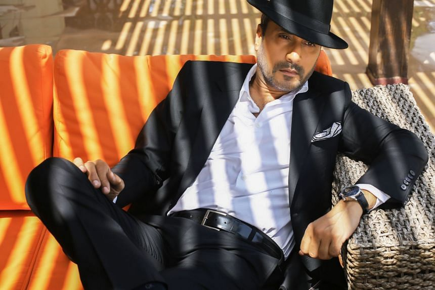 Actor Adnan Siddiqui decides what roles to accept based on whether the script is strong.