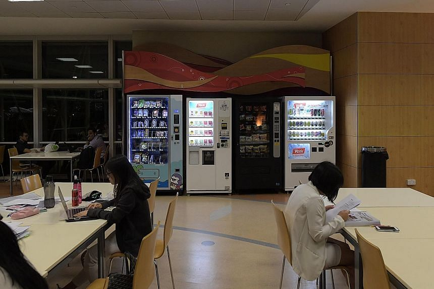 Vending machines in the National Library were found to carry carbonated drinks, despite there being less than a month left to the implementing of the new Healthier Drinks Policy.
