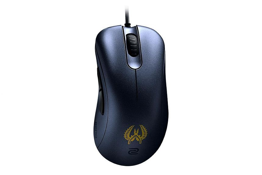 BenQ Zowie EC2-B CS:GO gaming mouse