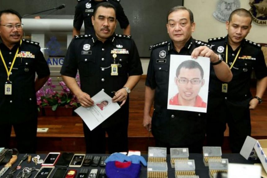 """The Selangor police have said that posing as a """"Datuk"""" or """"Datuk Seri"""" is tantamount to insulting the royal institution."""