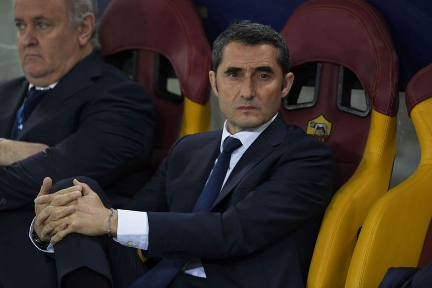Barcelona coach Ernesto Valverde was also harangued for his failure to react to Roma's dominance after they took an early lead through Edin Dzeko, before Daniele de Rossi's penalty and a late Kostas Manolas header sent the Italians through.