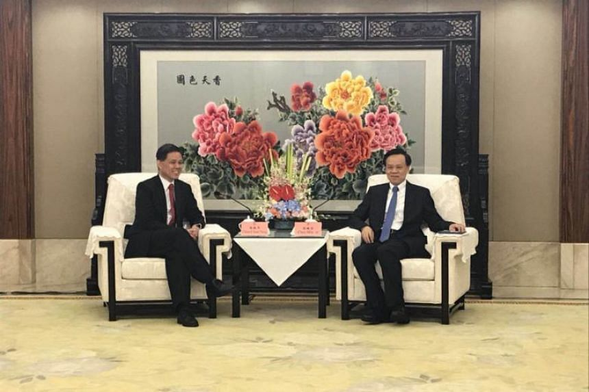 Minister in the Prime Minister's Office Chan Chun Sing met Chongqing party chief Chen Min'er in Chongqing on April 12, 2018.