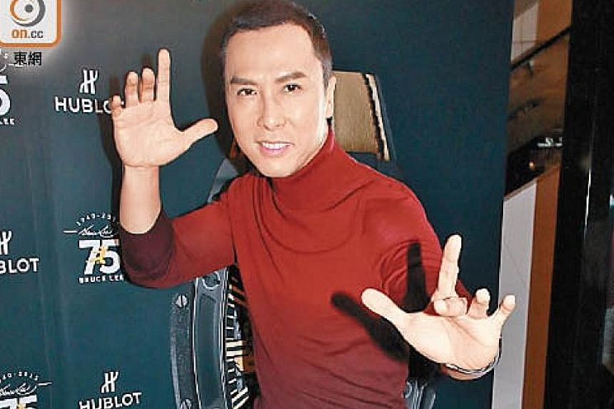 Donnie Yen will play Commander Tung, Mulan's mentor and teacher.