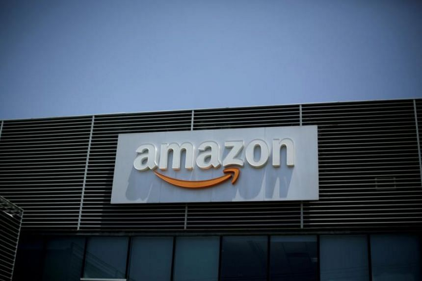 US President Donald Trump does not mention Amazon in the order, but it is clear that he intends the group to substantiate his repeated claim that the financial arrangement between the Postal Service and Amazon, its biggest shipper of packages, is a m