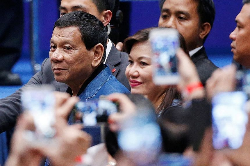 "Philippine President Rodrigo Duterte has dismissed reports that he had help from Cambridge Analytica to win the elections in 2016, saying that he does not ""even know what it is""."
