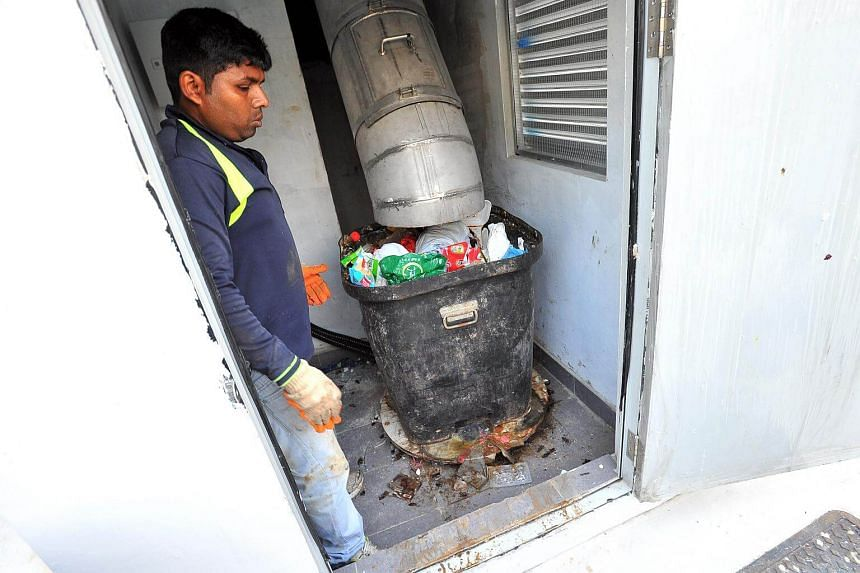 Residents in Yuhua complained in a television report two weeks ago of foul smells arising from blockages in the tubes.