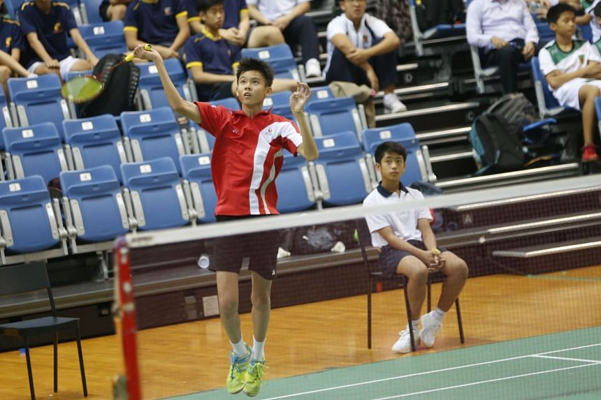 Lim Ming Hong playing singles in the B Division boys for Singapore Sports School, who swept all four championship titles in the boys and girls B and C divisions.