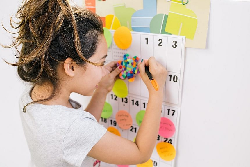 The average student isn't directly taught how to keep track of her assignments, plan a night's worth of work and then complete the task. They're expected to know how to do this or to figure it out. Parents need a framework to reinforce these skills a