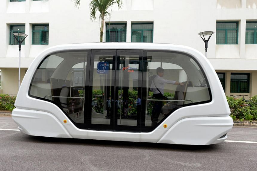 The driverless shuttle bus is expected to travel a 500m route connecting student halls with the main academic areas.