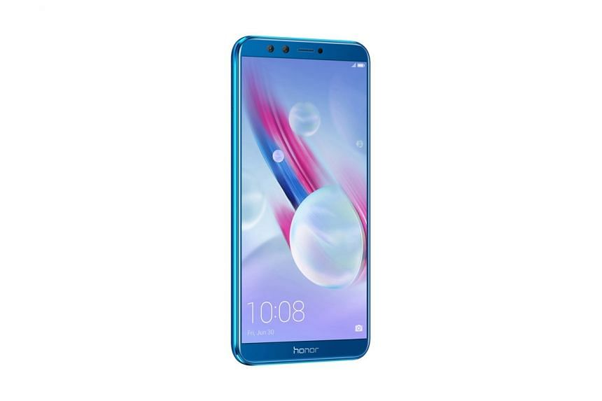 The Honor 9 Lite ($259) sports dual cameras on both the front and the back, like the Huawei Nova 2i. PHOTO: HONOR