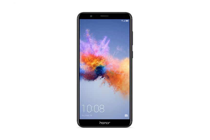The Honor 7X is a mid-range smartphone ($309) with 4GB of RAM and 64GB of storage. PHOTO: HONOR