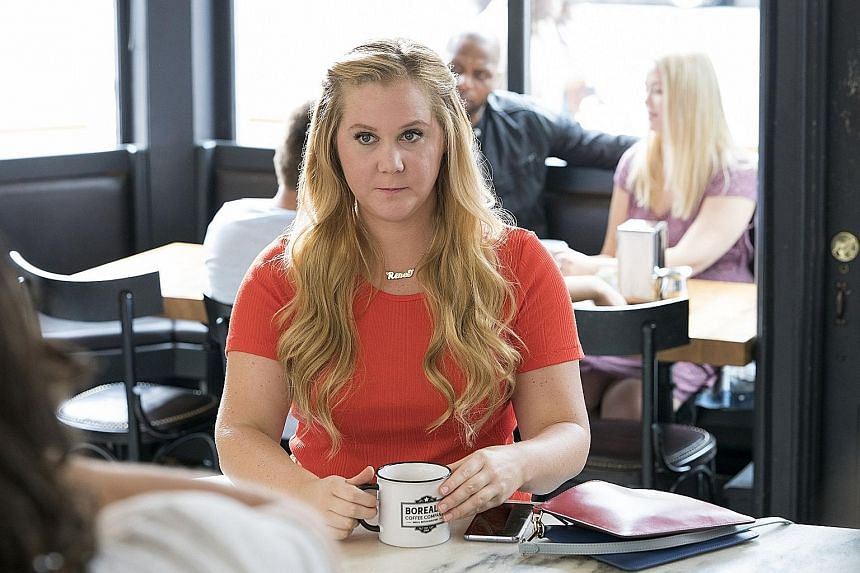 Renee (Amy Schumer) is a woman who magically sees herself as slim when in reality, she is plus-sized.