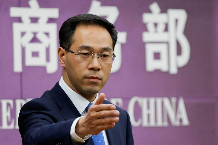 The United States would be making a miscalculation if it is determined to contain China's rise, ministry spokesman Gao Feng said at a regular media briefing in Beijing.