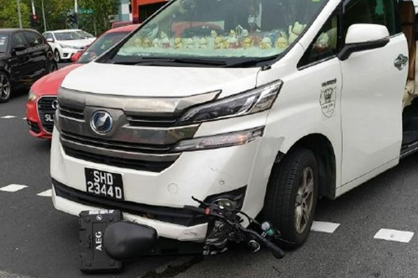 The accident occurred at around 2pm at the junction of Jalan Anak Bukit and Jalan Jurong Kechil.