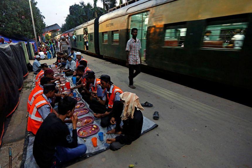 In November last year, India and Bangladesh flagged off a new train service between Kolkata and Khulna in Bangladesh.