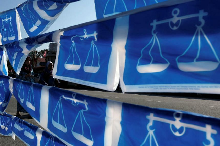 Barisan Nasional released its election manifesto for the Federal Territories, and also released its list of candidates for the 13 seats there, on April 22, 2018.