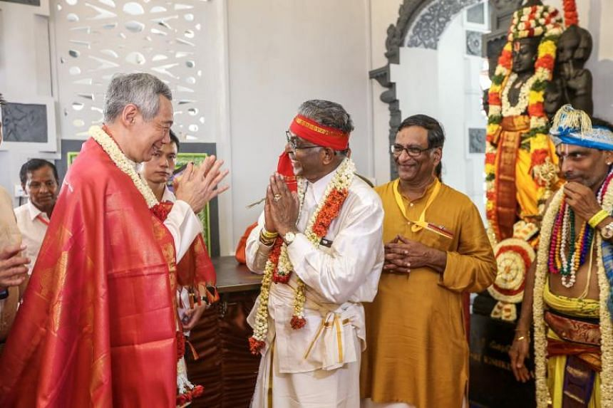 PM Lee at the consecration ceremony at the Sri Srinivasa Perumal Temple, on April 22, 2018.