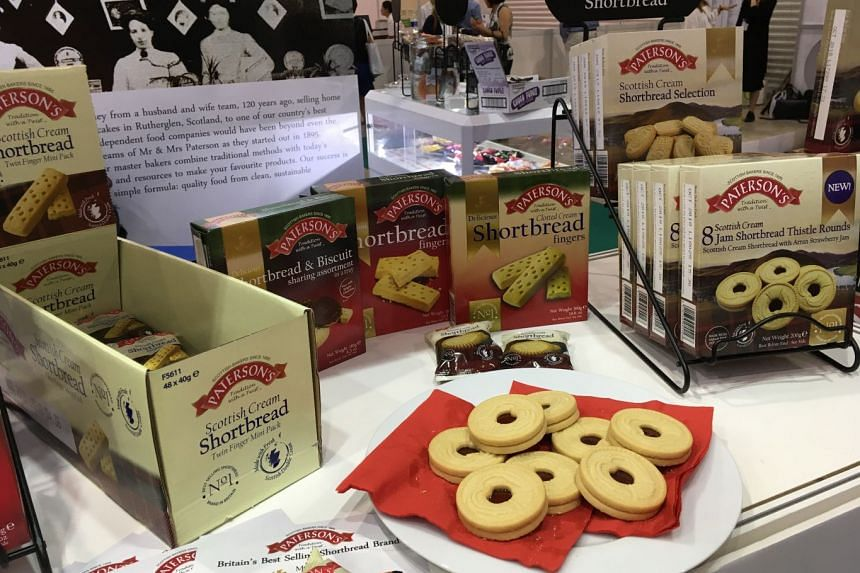 Paterson Arran have updated their range of shortbreads to offer products such as this jam shortbread sandwich cookie.