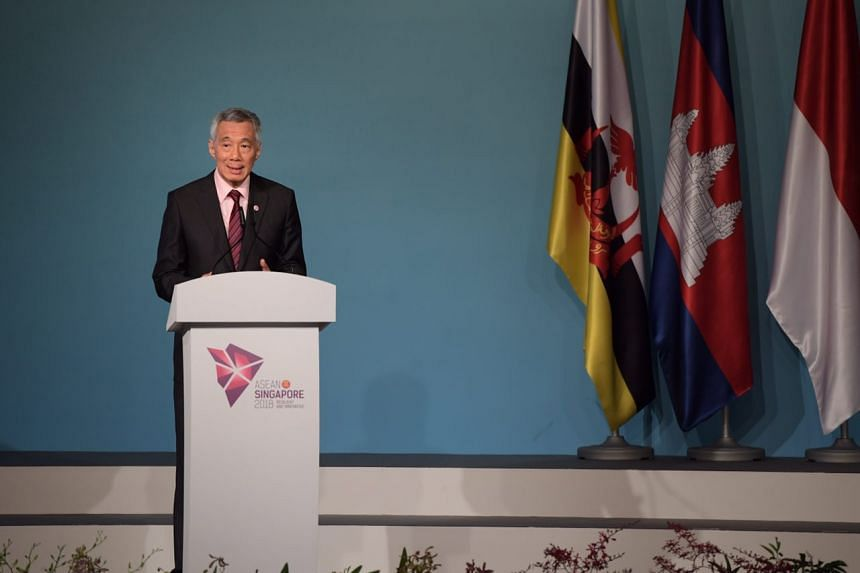 PM Lee delivers the opening address at the 32nd Asean Summit at the Shangri-la hotel, on April 28, 2018.