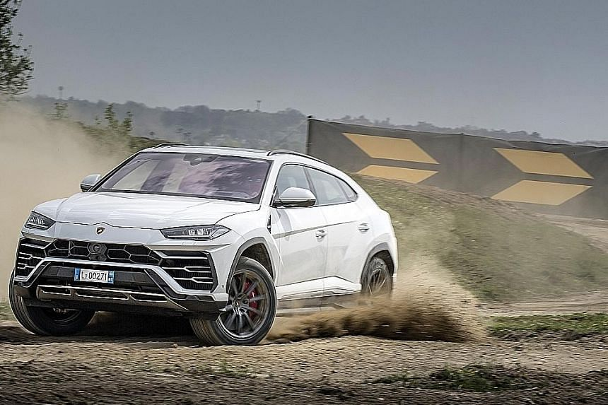 The Lamborghini Urus comes with a 4-litre turbocharged V8 engine, allowing it to despatch the century sprint in 3.6 seconds and a top speed of 305kmh.