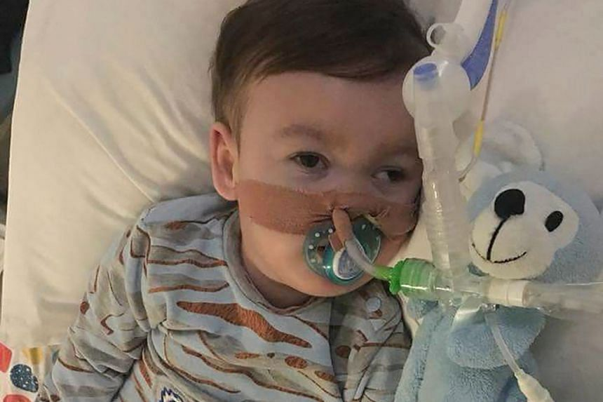 Terminally ill toddler Alfie Evans died yesterday after doctors withdrew his life support last Monday following a protracted legal battle. A prayer vigil in Saint Peter's Square, Vatican City, on Thursday night for Alfie Evans, who died yesterday. Po