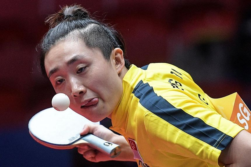 Feng Tianwei lost her opening game to China's two-time world junior champion Wang Manyu but recovered to win the next three games.