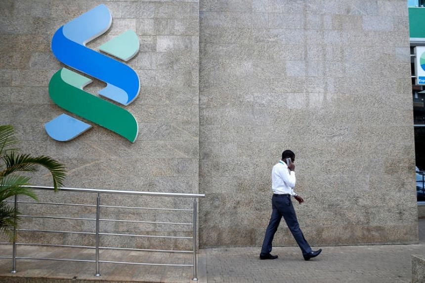 Standard Chartered's pretax profit rose to US$1.26 billion in the quarter ended March 31 from US$1.05 billion in the same period a year ago.