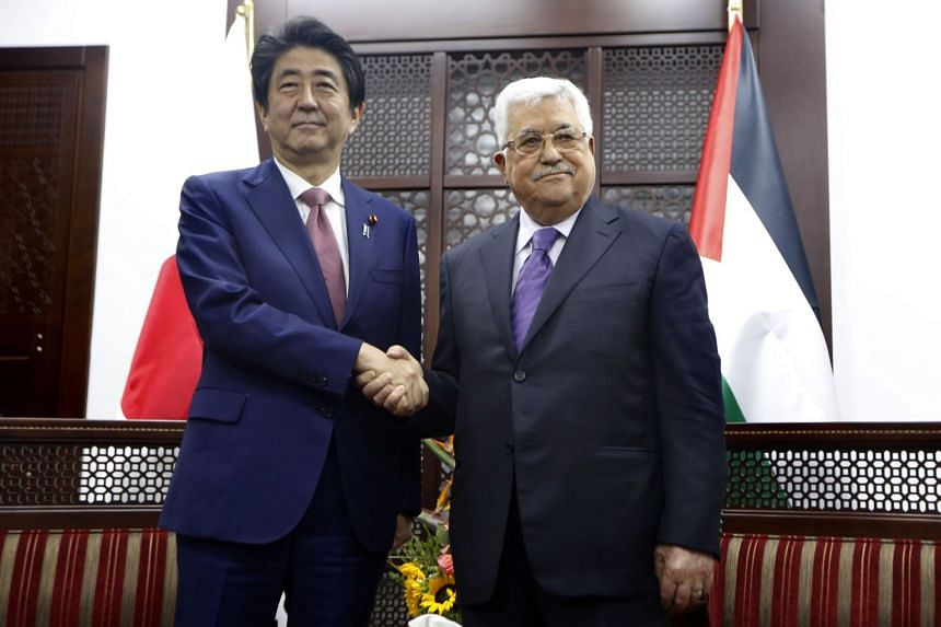 Abe and Abbas meeting in the West Bank city of Ramallah on May 1, 2018.